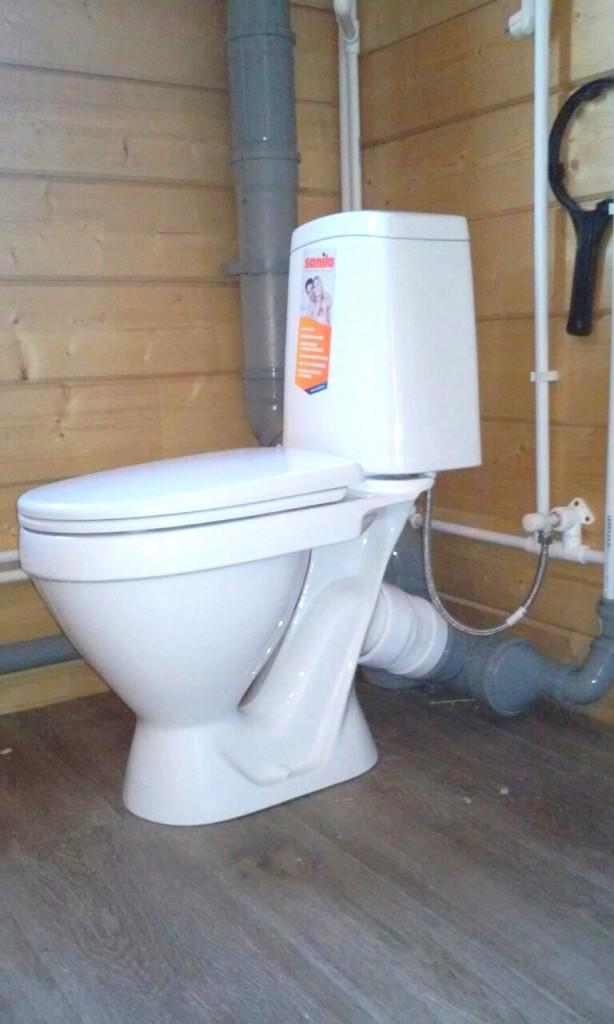 Подведение канализационных труб к унитазу