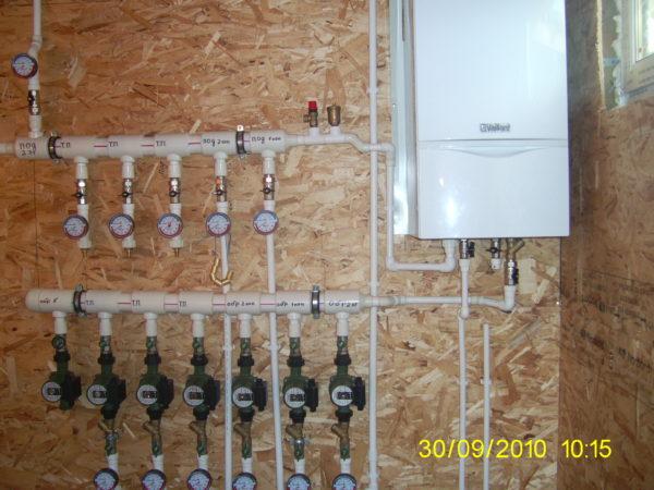 Как провести водопровод из скважины в дом